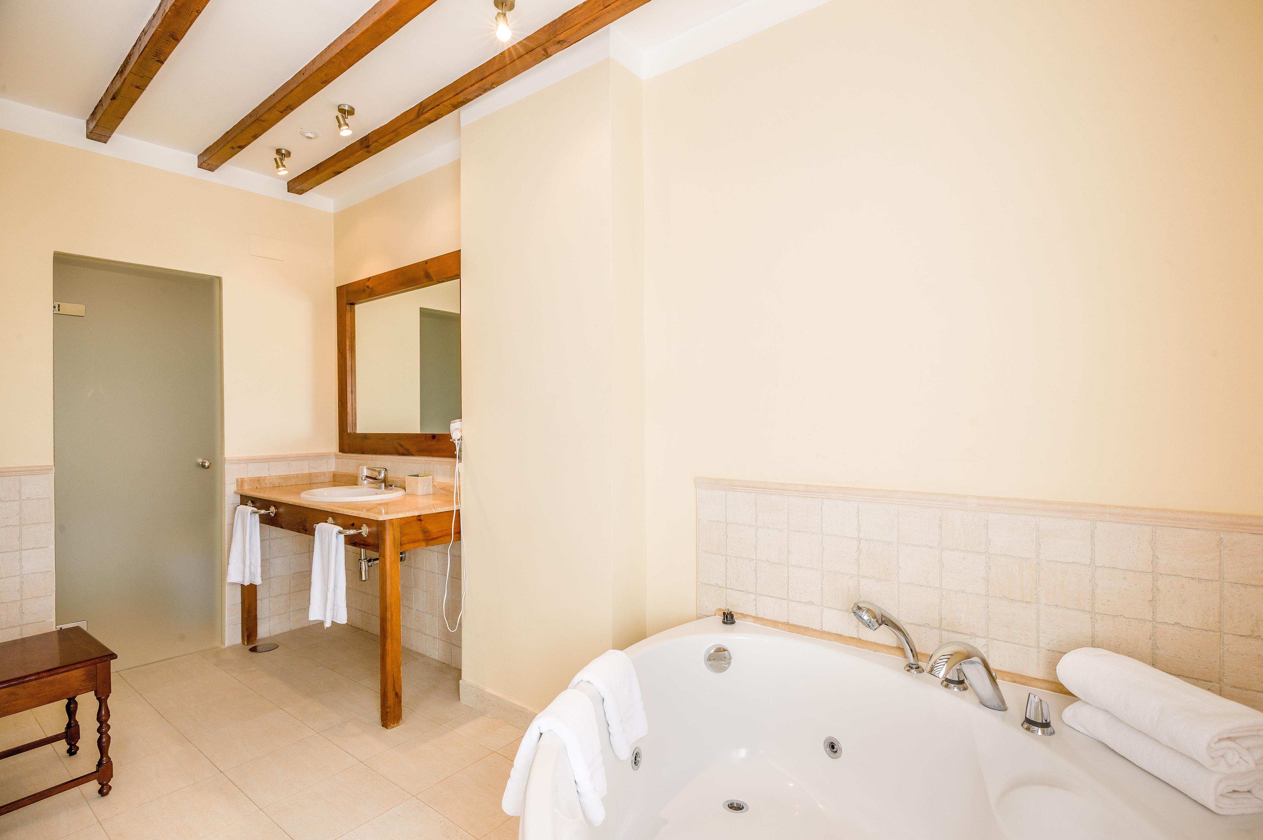 Habitación con Bañera Hidromasaje